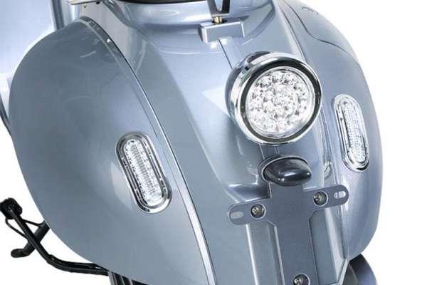 e-ros Retro Elektro-Roller (Scooter) Bremslicht Silber-Grau E-LEVEN Mobility-Solutions