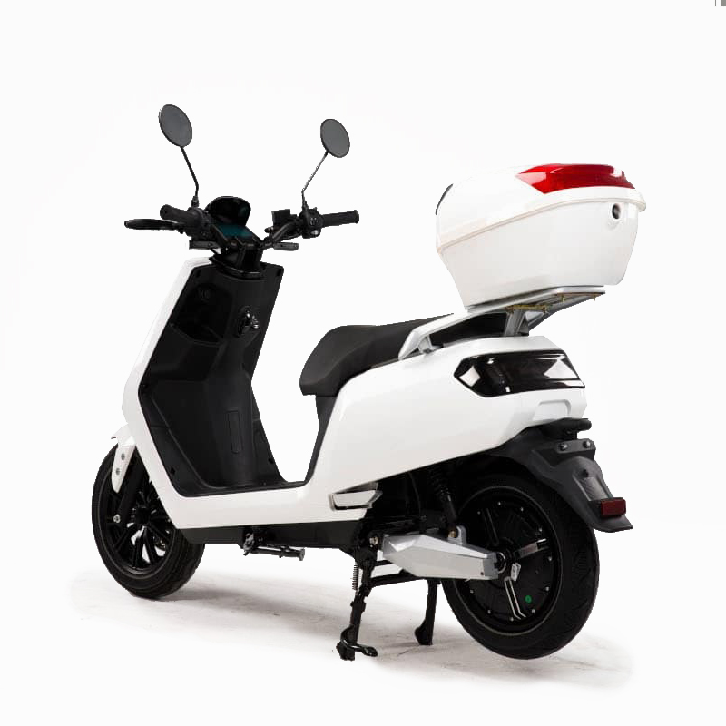 e-xtra Elektro-Scooter Roller Weiß mit TopCase E-LEVEN Mobility