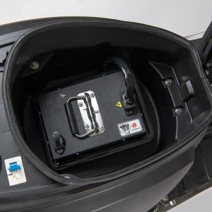 e-ros365 Scooter / Roller mattschwarz 60V 40Ah Premium Li-Ion-Akku / Batterie von LG - E-LEVEN Mobility Solutions