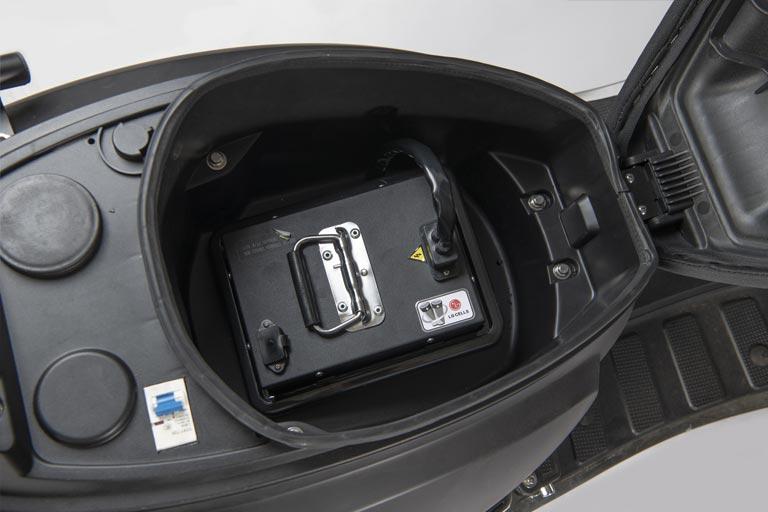 e-vil herausnehmbarer 72V 40Ah LG Litium Akku E-LEVEN mobility solutions