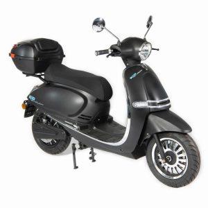 e-vil Performance Scooter / Roller mattschwarz front-perspektivisch - E-LEVEN Mobility Solutions