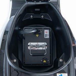 e-ros365 Scooter / Roller schwarz 60V 40Ah Premium Li-Ion-Akku / Batterie von LG - E-LEVEN Mobility Solutions