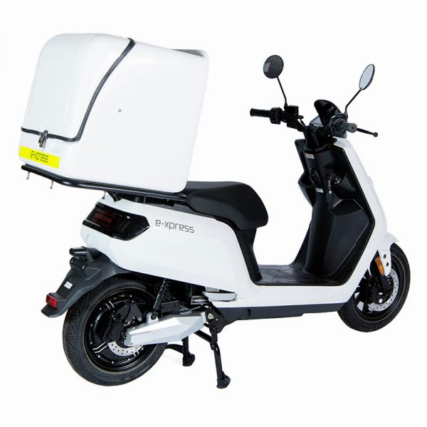 e-xpress Delivery / Liefer Scooter / Roller mit 113-liter-Cargo-Box weiß / perspektive-heck - E-LEVEN Mobility Solutions