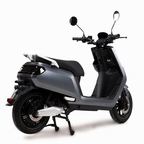 e-xtra Scooter / Roller grau / perspektivisch-hinten - E-LEVEN Mobility Solutions