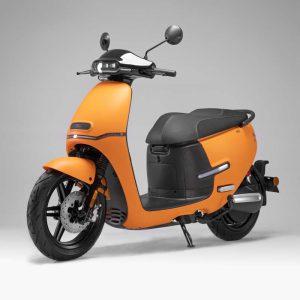 HORWIN EK1 Premium E-Scooter 45 km/h, Mattorange perspektivisch vorne - E-LEVEN Mobility GmbH Stuttgart