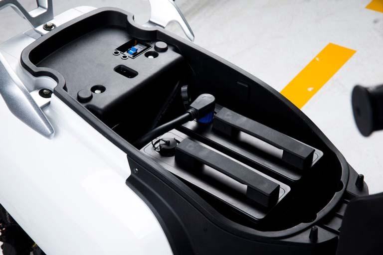Herausnehmbare Premium-Akkus in all unseren Fahrzeugen E-LEVEN mobility solutions